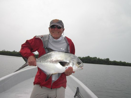 Copal Tree Lodge, a Muy'Ono Resort: Ken & his big Permit!
