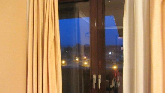 Hotel Fajkier: widok z okna wieczorem w styczniu