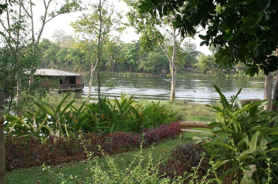 Dheva Mantra Resort : rivière Kwai