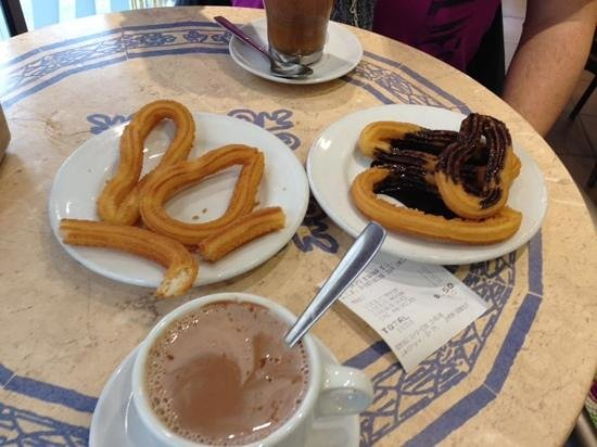 Maestro Churrero : Churros - cant stop and buy more.. ;)