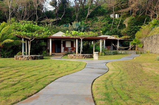 Pagua Bay House Oceanfront Cabanas: Cabanas 3 & 4