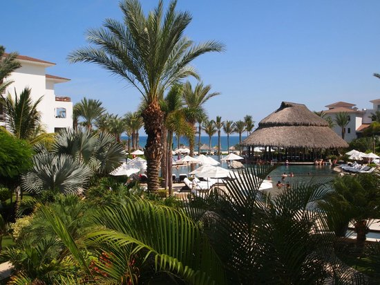 Cabo Azul Resort: View from our unit - a pool view ith an ocean view bonus!
