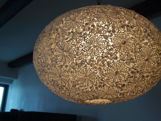 Cabo Azul Resort: Beautifully detailed lamp over the dining table