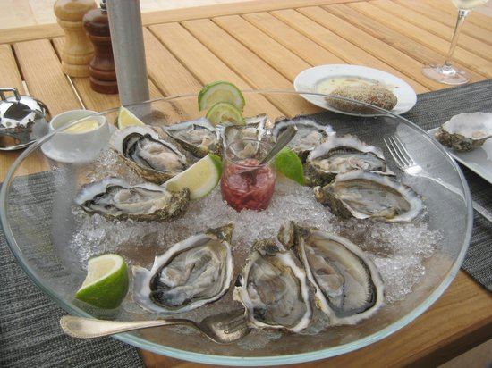 Sofitel Agadir Thalassa Sea & Spa: diner a la piscine
