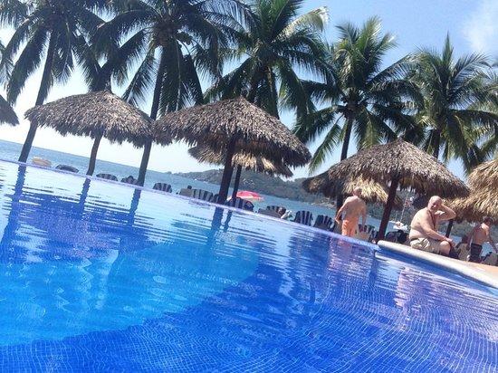 Villa Mexicana Hotel: Infinity pool