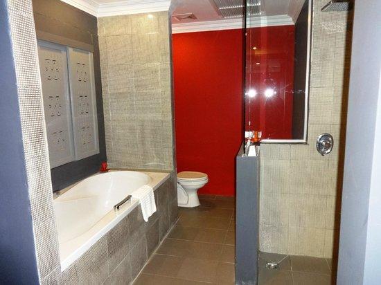 Memoire d' Angkor Boutique Hotel : Bathroom