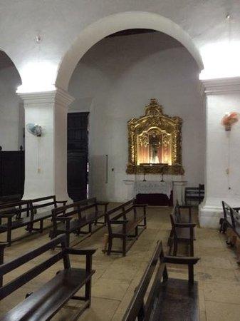 Sol Cayo Santa Maria : inside the old Catholic church