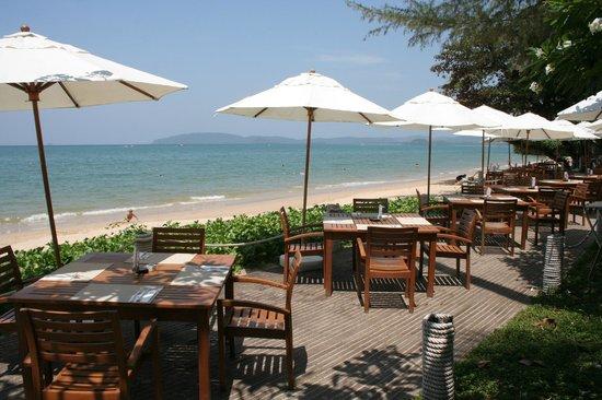 Centara Grand Beach Resort & Villas Krabi: resto