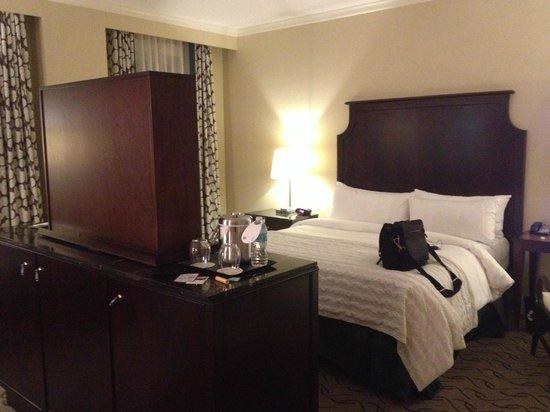 Le Meridien Dallas, The Stoneleigh: Jr Suite - Bedroom