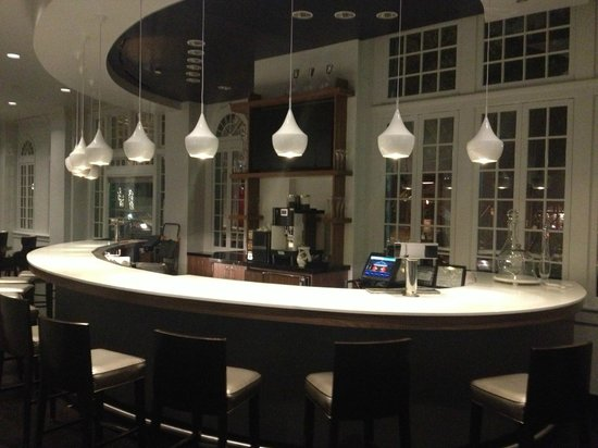 Le Meridien Dallas, The Stoneleigh : Lobby Renovation Complete! 2/1/14 - New Lobby Bar