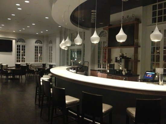 Le Meridien Dallas, The Stoneleigh: Lobby Renovation Complete! 2/1/14 - Lobby Bar
