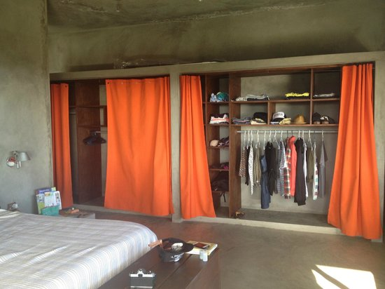 Casa Cascadas: closet