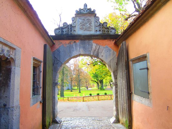Altstadt: Entrance to the grounds