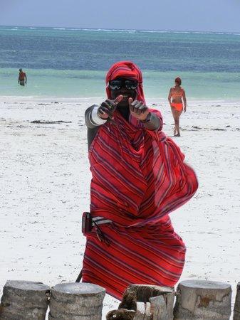 Waridi Beach Resort & Spa : //