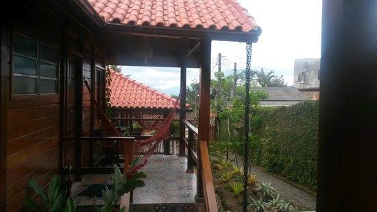 Aratinga Inn: Frangipani + Tibouchinha