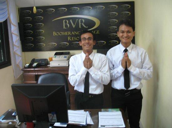 Boomerang Village Resort : Naing et Zaw Zaww