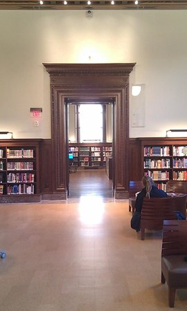 Central Public Library: Reading rooms