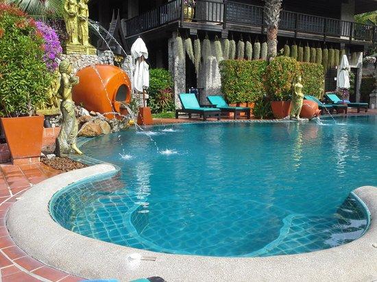 Boomerang Village Resort : la piscine