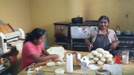 La Casa de las Empanadas Cafayate : Having fun
