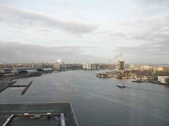 Movenpick Hotel Amsterdam City Centre: View from the room!