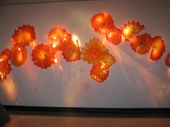 Chihuly Collection : orange glass