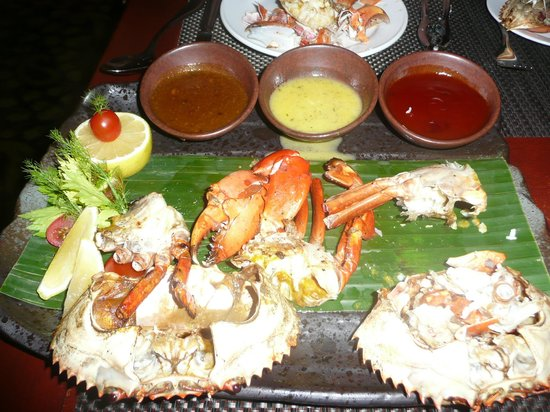 Le Meridien Kota Kinabalu: Crabs bought from the market by the hotel chef and cooked just for us.