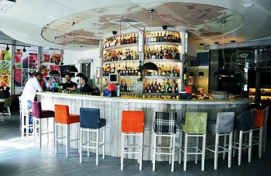 Coctail Bar Max & Dom Whisky: cbmbar