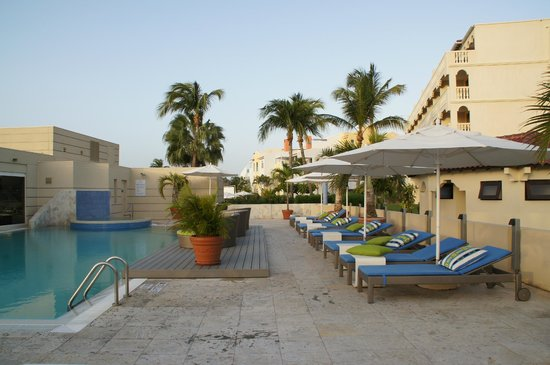 Bucuti & Tara Beach Resort Aruba : Pool Area