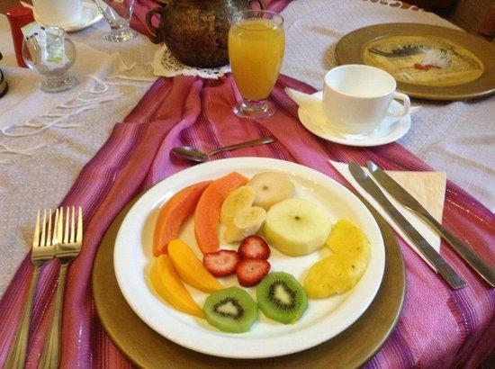 Casa de hacienda Su Merced: Excellent breakfast - 5 stars