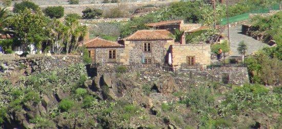 Casa Vera de la Hoya: Le gîte vue de la montagne