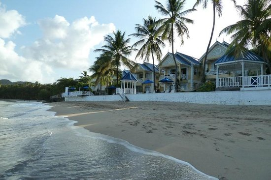 Villa Beach Cottages: From the beach