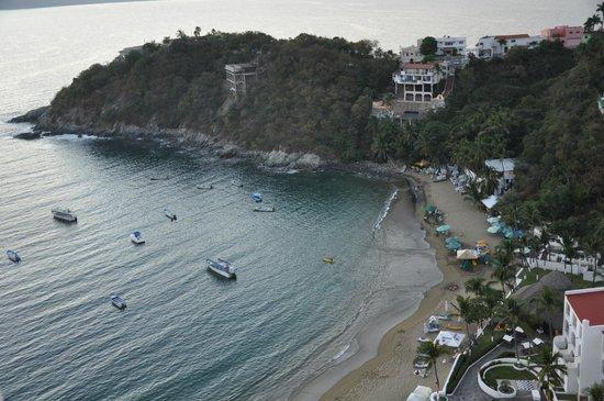 Tesoro Manzanillo: Beach