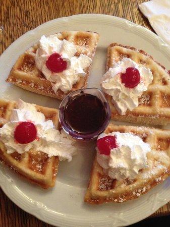 The Groveland Hotel: Belgian Waffle