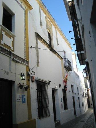 Marques De Torresoto: fachada del hotel