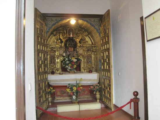 Marques De Torresoto: pequeña capilla barroca