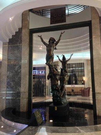 Marquis Reforma Hotel & Spa: detalle en el lobby