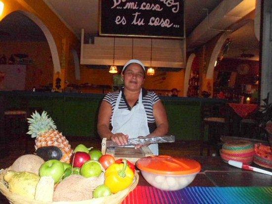 Mamacitas : Mamacita! She makes tortillas as needed.