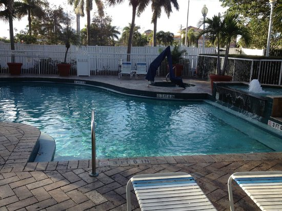 SpringHill Suites Fort Lauderdale Airport & Cruise Port : Pool