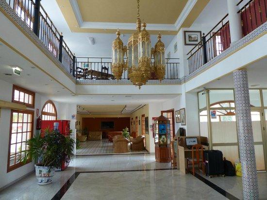 Hotel RF San Borondon : Hotel Eingangshalle