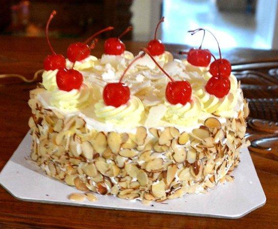 Ice Cream Cake Price In Ibaco