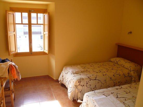 Hotel Nuestra Señora del Carmen: Our room