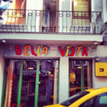 BellaVista Hostel & Cafe: Bella Vista :)