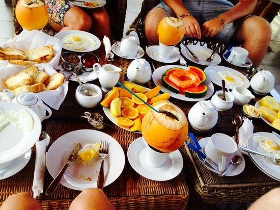 Palm Grove : Breakfast