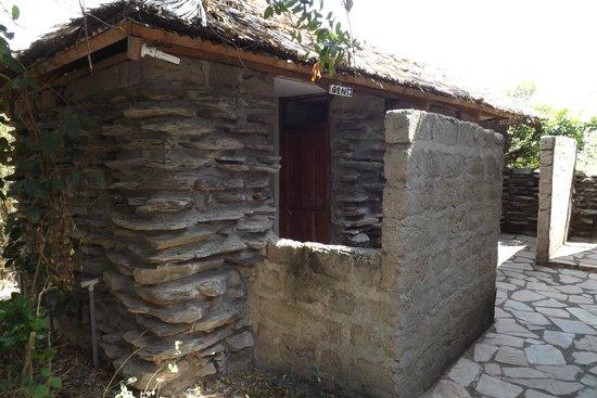 Kichakani Mara Camp: bagni comuni all'aperto