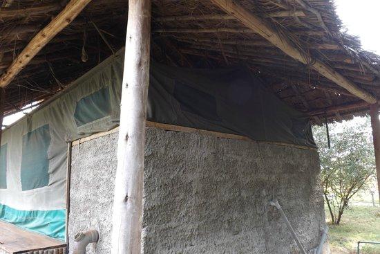 Kichakani Mara Camp: la tenda dall'esterno