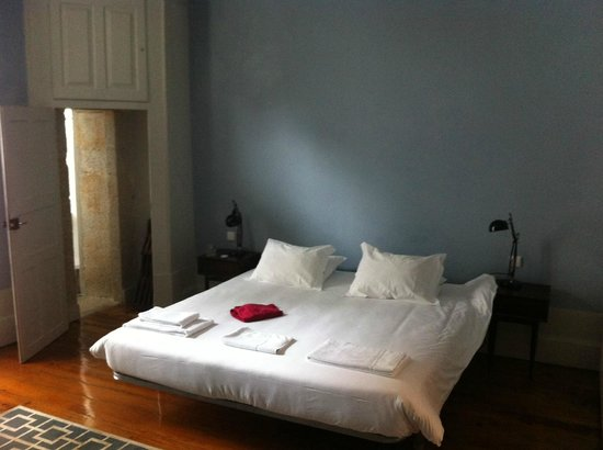 Almada Guesthouse: Room