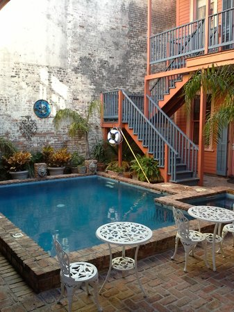 The Frenchmen Hotel: Pool area