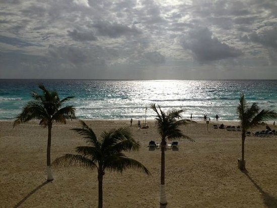 Panama Jack Resorts Cancun: View from our room - 2217