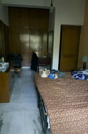 Saubhag Bed and Breakfast: My lovely room with marble floor