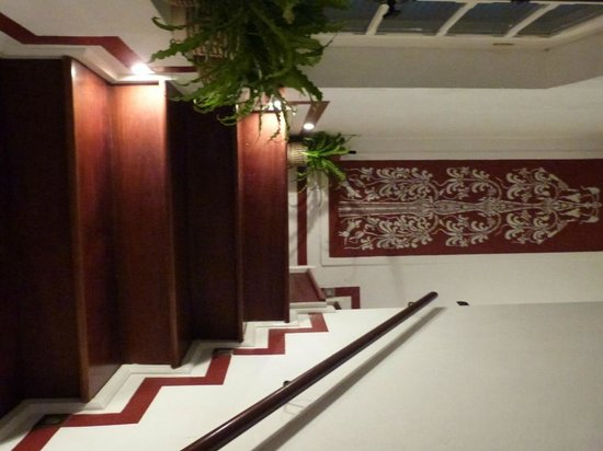 The BelleRive Boutique Hotel: Entrance to suite